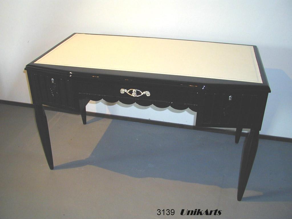3139 Art Deco Schreibtisch mit Lederauflage, aus Frankreich, restauriert