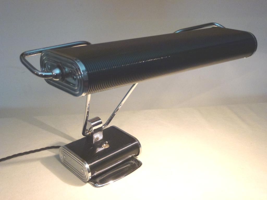 Art Deco Schreibtischlampe - Designklassiker in restauriertem Zustand