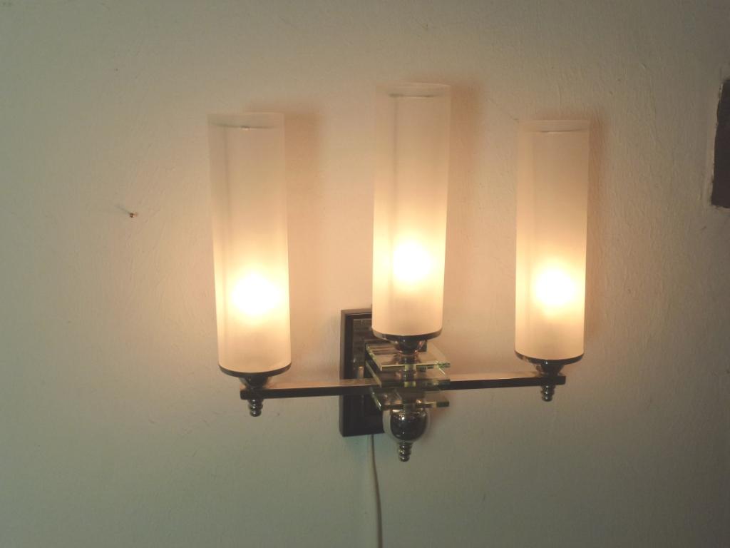 Art Deco Wandlampen aus Frankreich 30er Jahre in seltener Form, neu restauriert