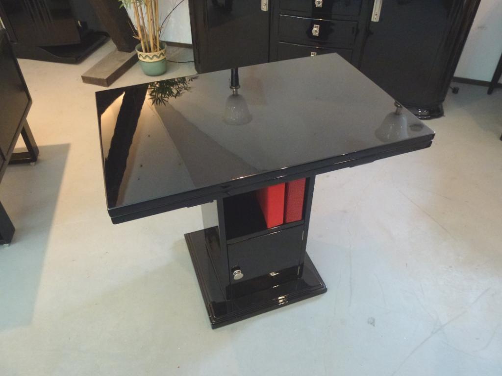 2101 Art Deco Beistelltisch aus Frankreich, klappbar, schwarz, hochglanz